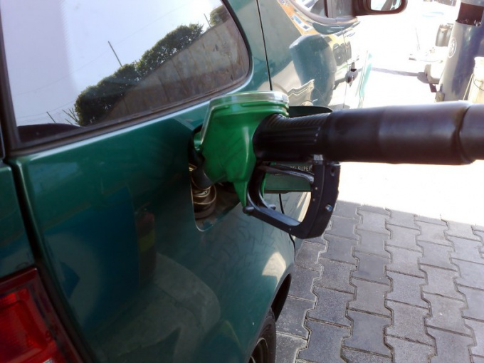 How to fill in a full tank