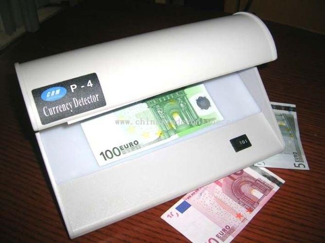 Как проверить деньги на детекторе