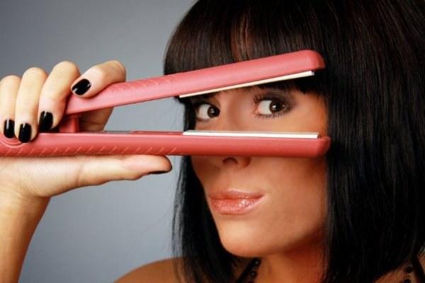 Как выпрямить волосы щипцами