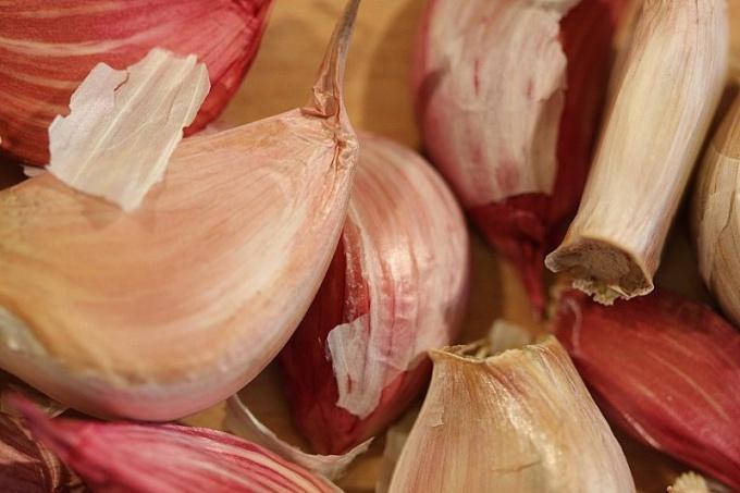 Как отбить запах чеснока