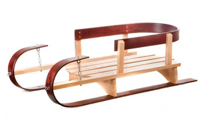 Как сделать деревянные сани