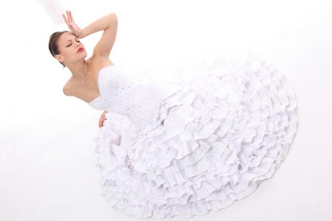 Как сшить женское платье