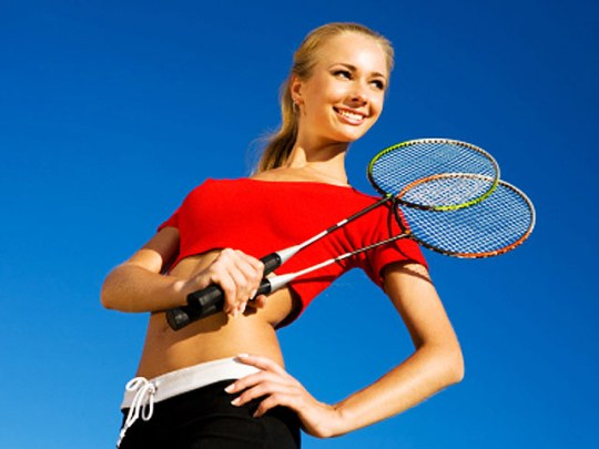 How to choose a badminton racquet