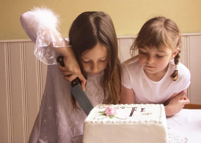 Как украсить торт ко дню рождения ребенка