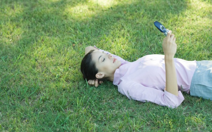 Как смотреть фильм на телефоне