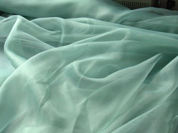 Как обработать штору из органзы