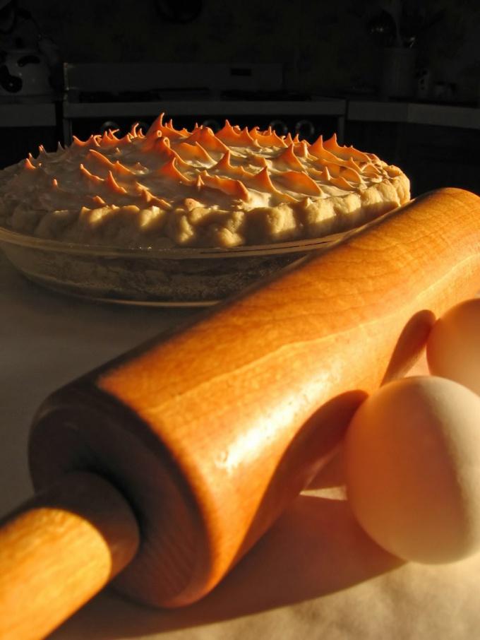 Как приготовить пирог с клубникой