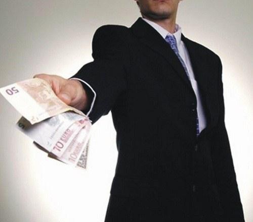 Что делать, если не отдают задолженность