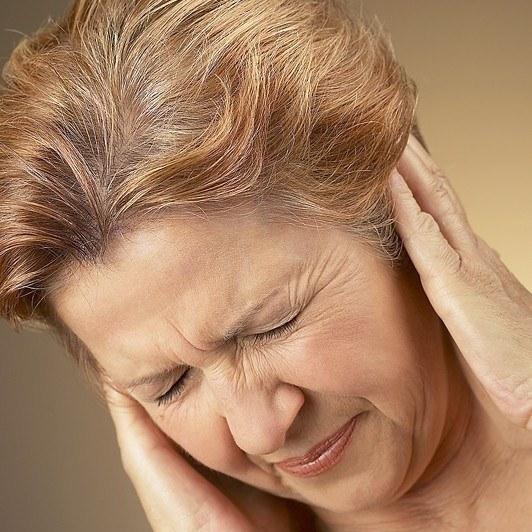 Как вынуть пробку из уха
