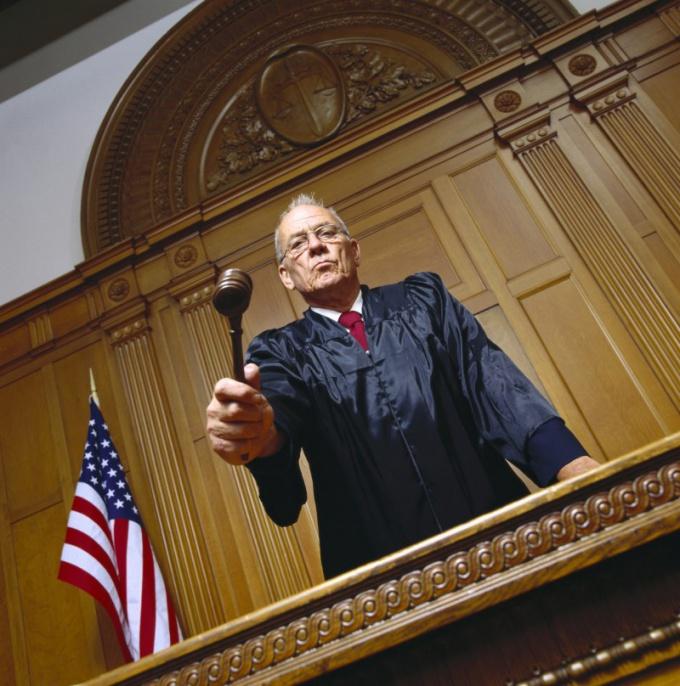Как написать характеристику с работы в суд