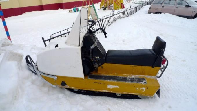 Как натянуть гусеницу на снегоходе Буран