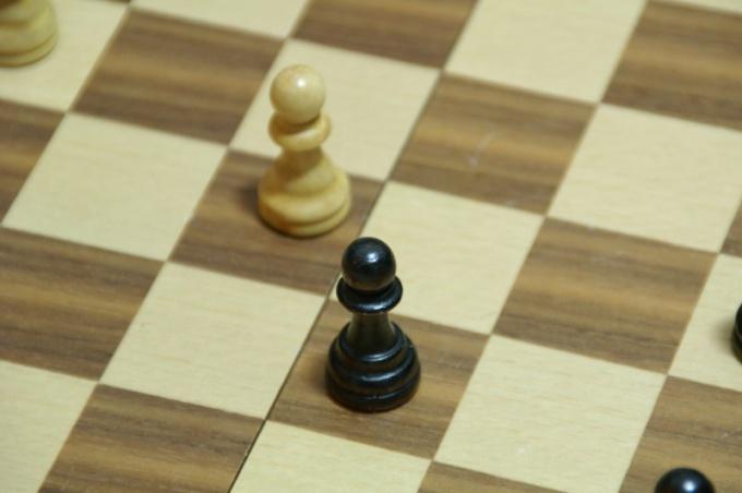 Как научиться выигрывать в шахматы