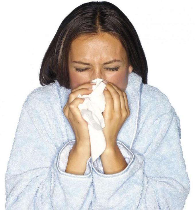 Что делать, если постоянно закладывает нос