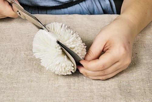 Как сделать помпон на шапку