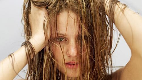 How to provide care for oily hair