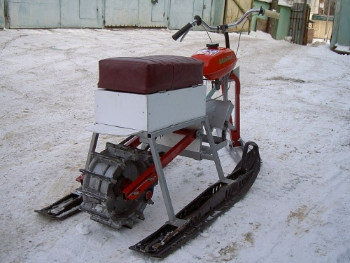 Homemade mini-snowmobile
