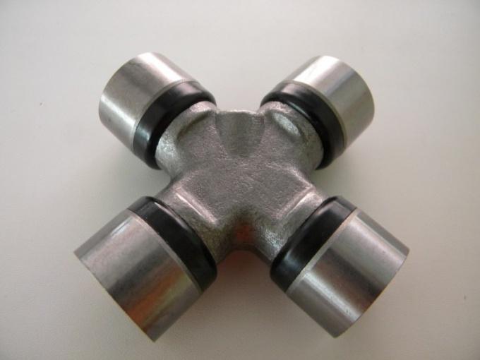 Как заменить карданную крестовину