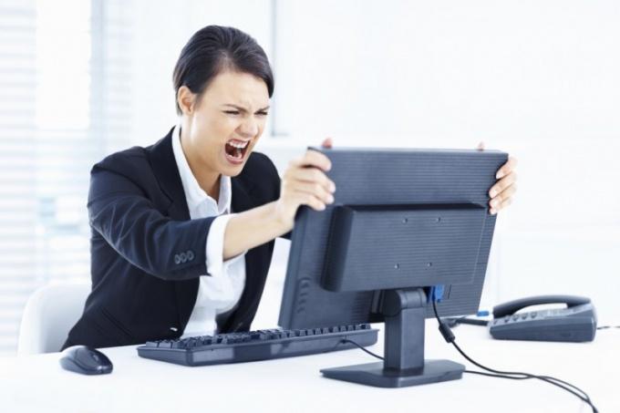 Почему компьютер выключается