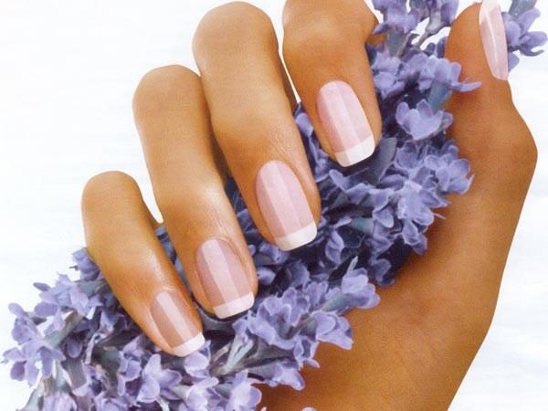 Почему ногти волнистые