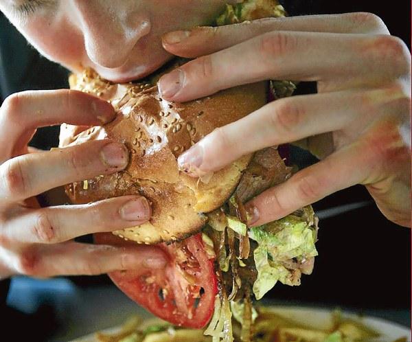Почему после еды болит живот