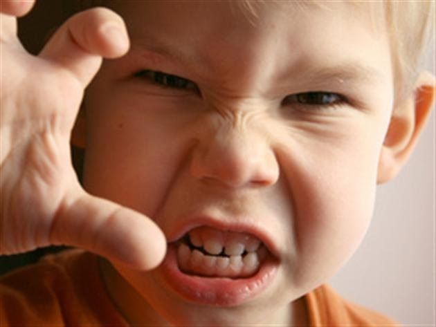 Почему ребенок агрессивный