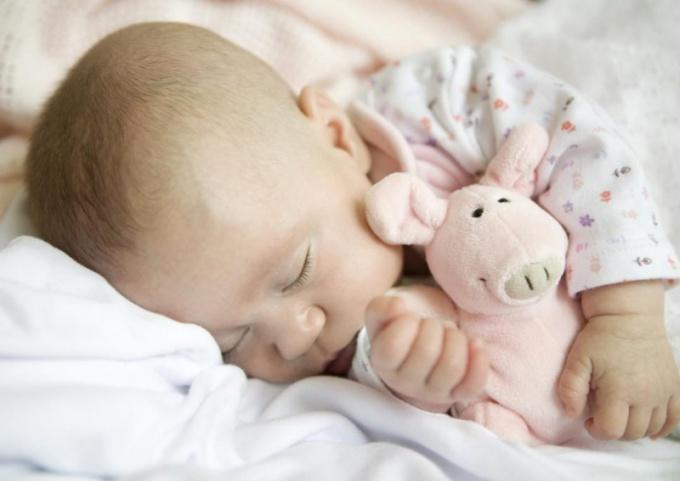 Почему ребенок мало спит