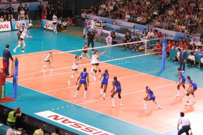 Как проходит игра в волейбол