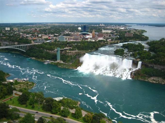 Почему текут реки