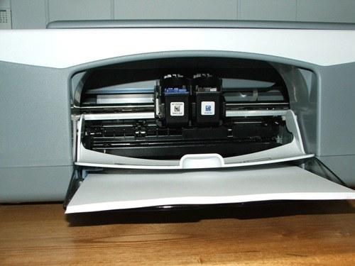 Почему печатает принтер