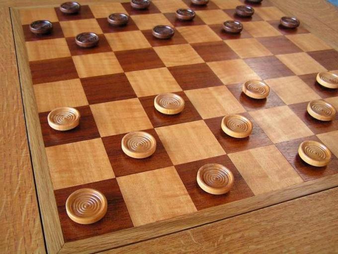 Как обыграть в шашки