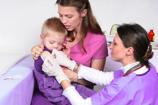 Как вести себя с врачами в детской поликлинике