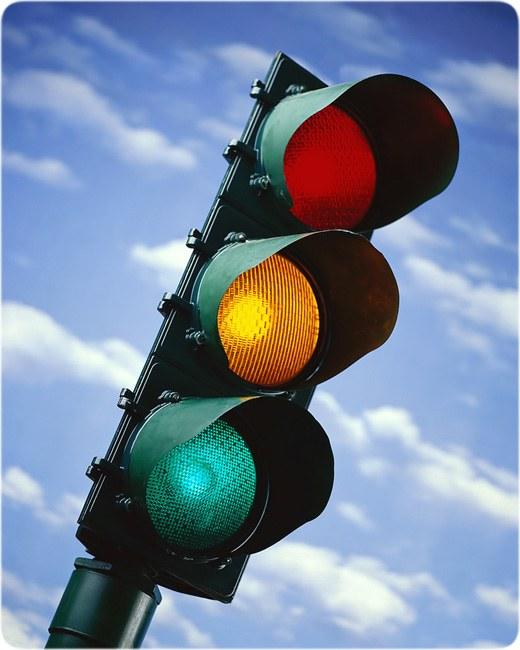 Почему сигнал опасности красный