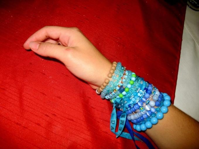 Как научиться плести фенечки