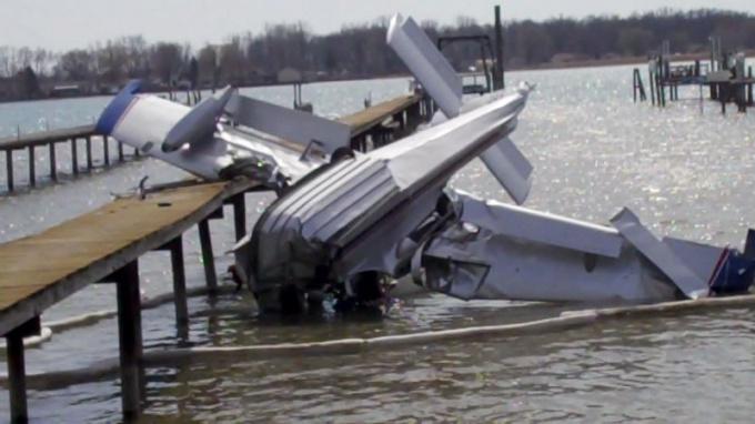 Почему так часто стали падать самолеты