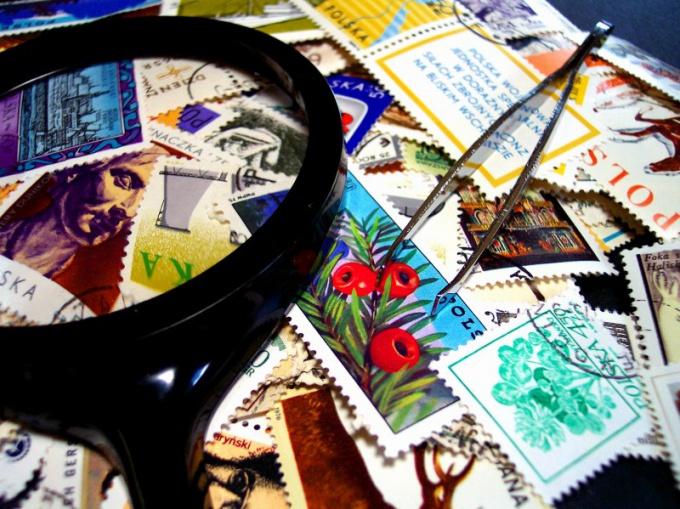 Как хранить марки
