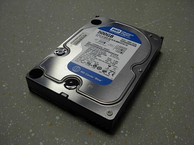 Почему жесткий диск отключается