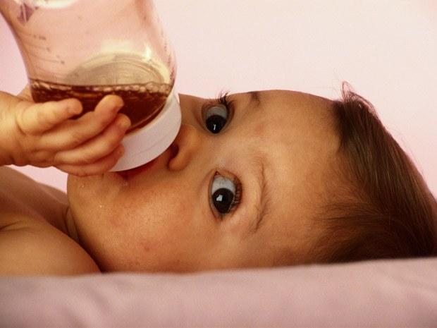 Как давать сок малышу