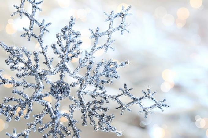 Как сделать красивые снежинки