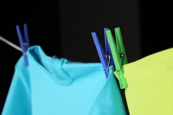 Как отчистить пятно на одежде
