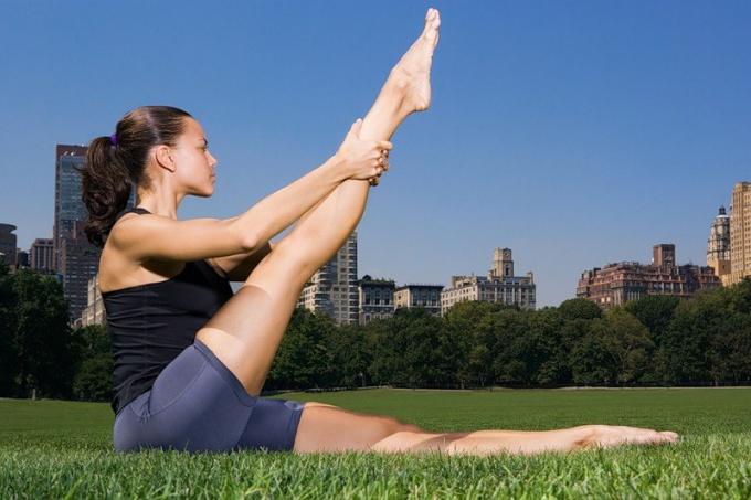 Как накачать красиво ноги