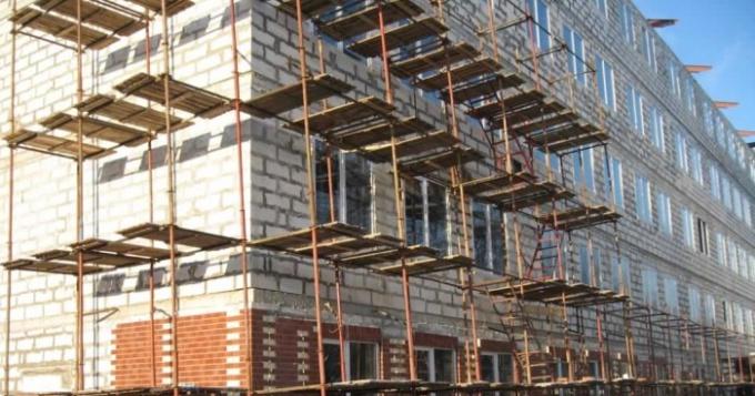 Что является реконструкцией частного дома