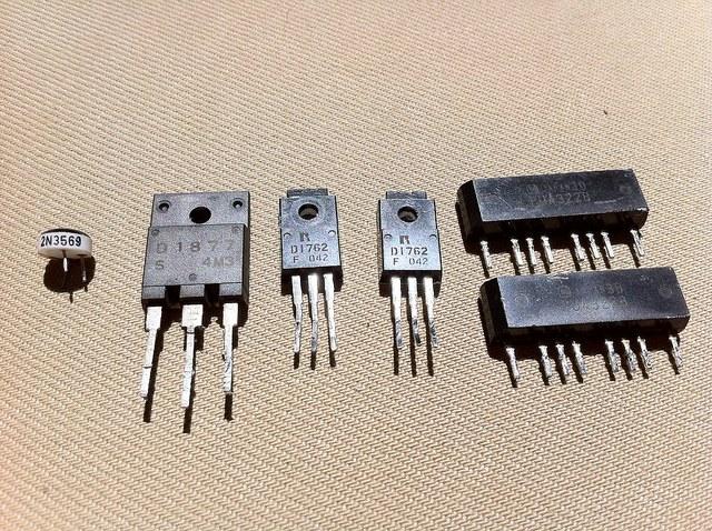 Как определить тип транзистора