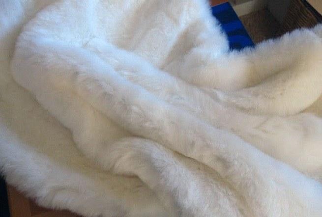 Как почисти мех от желтизны в домашних