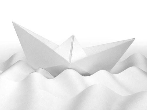 Как свернуть кораблик