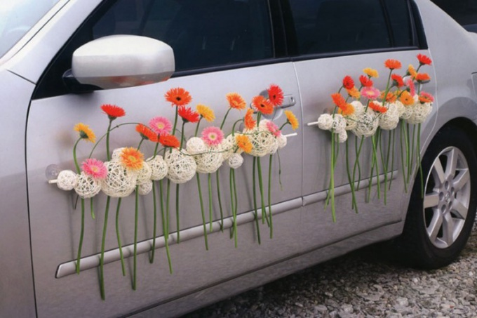 Как прекрасно нарядить автомобили на свадьбу