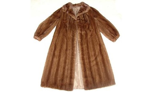 How to alter a fur coat of mink