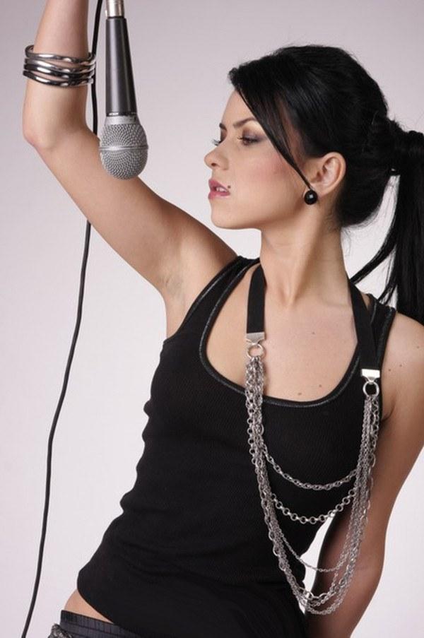 Как заниматься женским вокалом в домашних условиях