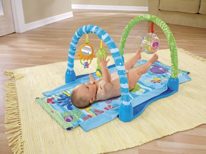 Как смастерить игровой коврик для ребенка