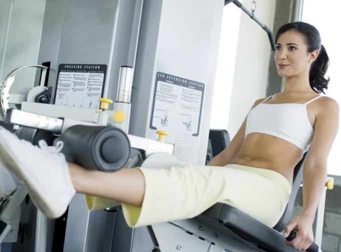 Как тренажерные тренировки помогают похудеть