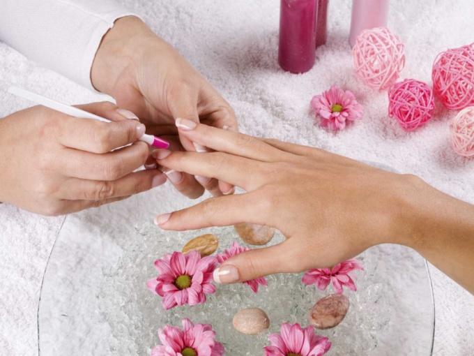 How to make longer short nails